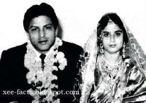 4- SHAHRUKH KHAN'S PARENTS MIR TAJ MOHAMMED & FATIMA BEGUM MARRIAGE PHOTO.jpg